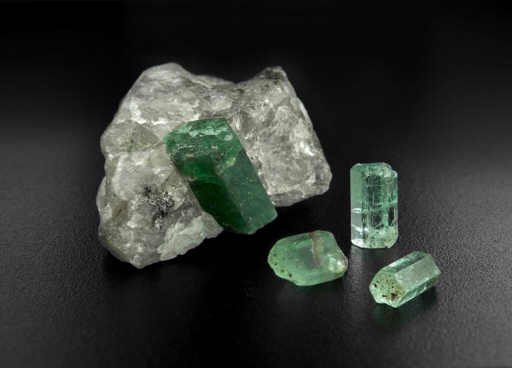 Rough Emerald SIZ