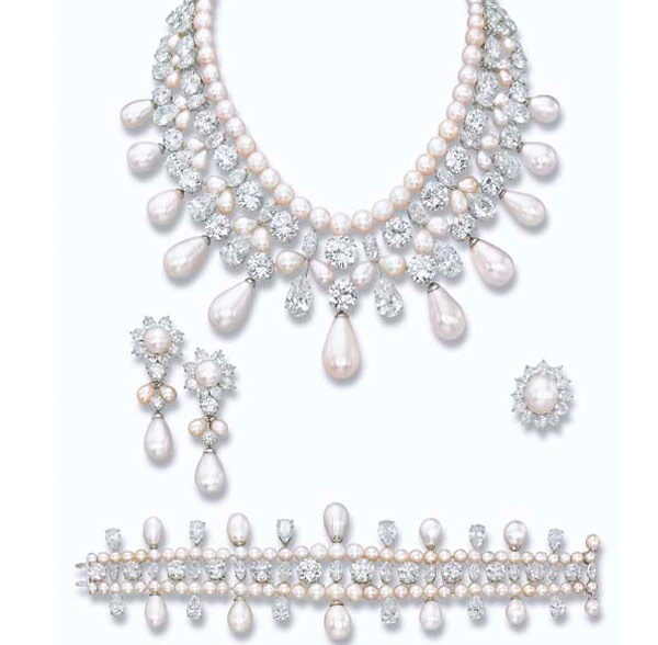 Harry Winston's Gulf Pearl Parure Necklace