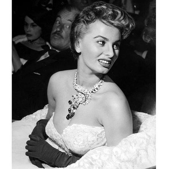 Sophia Loren 50s Glam