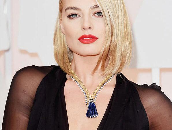 Van Cleef & Arpels's Iconic Zip Necklace
