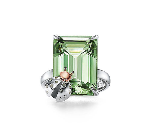 Minimalist Jewelry Trends
